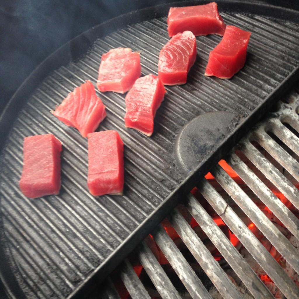 BBQ 10 gangen diner - Gegrilde tonijn
