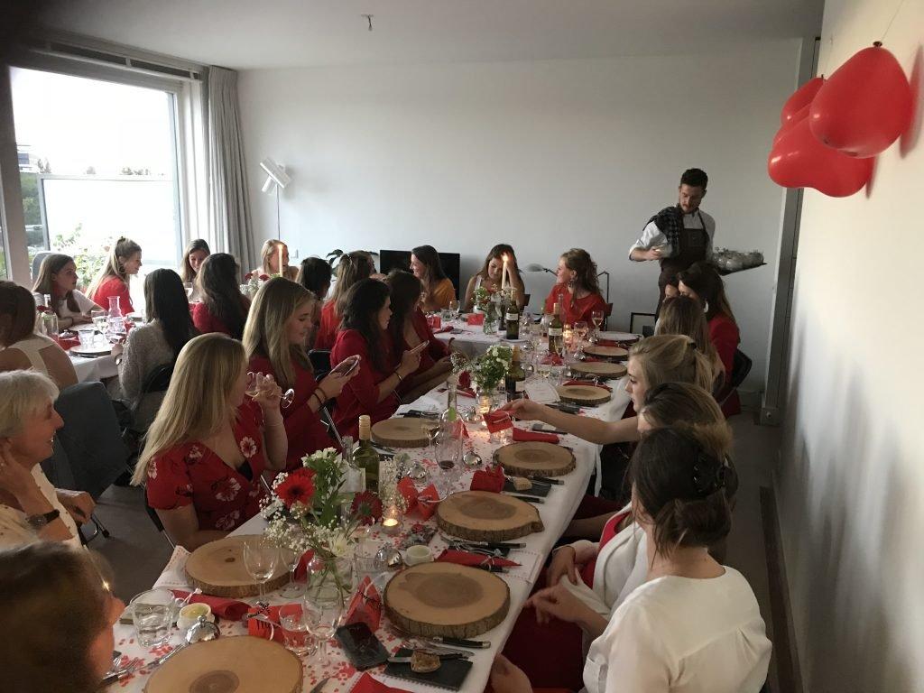 21 diner Amstrdam thema Rood
