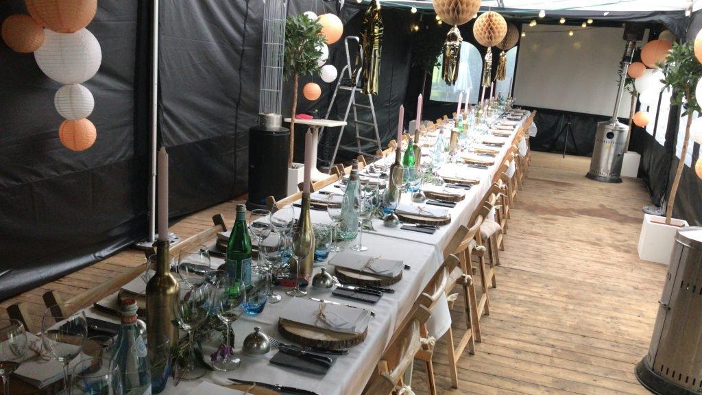 21 diner Italian garden