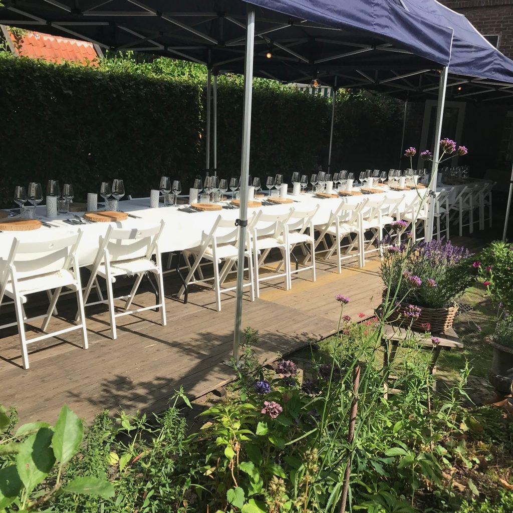 21 diner buiten met tent