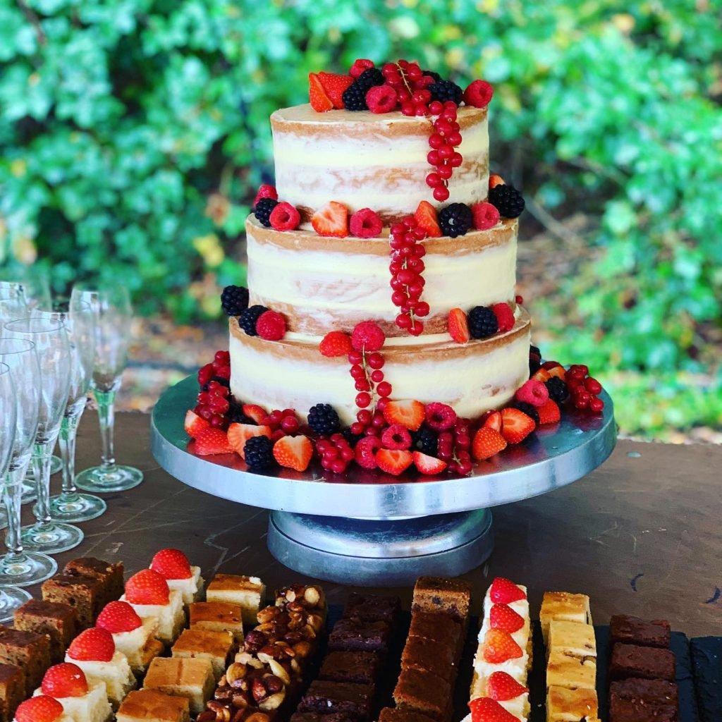 Bruidstaart Naked cakeHuischef